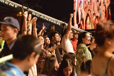 Monsoon Music Festival 2016: Ban nhac Nam Phi khien khan gia Viet nhay uot dam ao - Anh 9