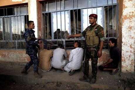 Hinh anh cuoc tong tan cong Mosul- thanh tri cua IS tai Iraq - Anh 5