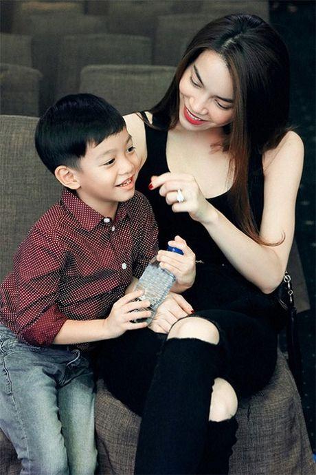 Ha Ho noi chuyen voi con trai bang tieng Anh gay sot - Anh 1