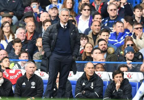 Hang thu mo ngu, Mourinho that than vi bon cai tat cua tro cu - Anh 14