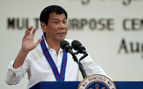 Ong Duterte cao buoc My, TQ gay sieu bao tan pha Philippines - Anh 1