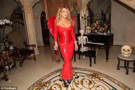 Mariah Carey mac sexy du tiec Halloween som - Anh 2