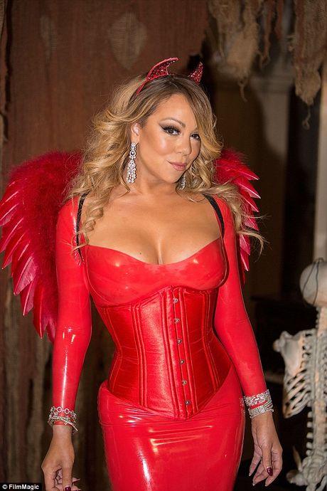 Mariah Carey mac sexy du tiec Halloween som - Anh 3