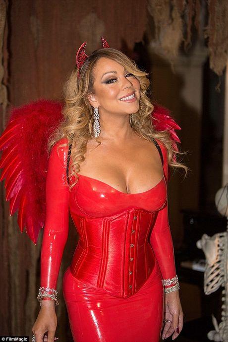 Mariah Carey mac sexy du tiec Halloween som - Anh 5