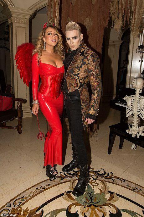 Mariah Carey mac sexy du tiec Halloween som - Anh 8