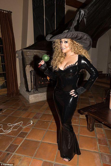 Mariah Carey mac sexy du tiec Halloween som - Anh 9