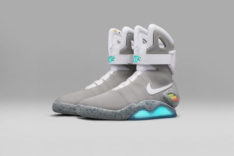 Nike Mag- doi giay tu that day doc dao - Anh 1