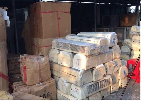 Thanh Hoa: Bat giu nhieu xe cho thuoc la lau - Anh 1