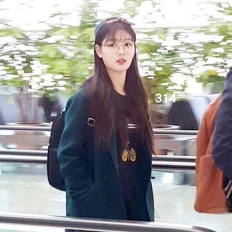 """Dan sao """"May hoa"""" khoe anh vi vu, Park Bo Gum kho chiu vi bi fan """"dung cham"""" - Anh 6"""