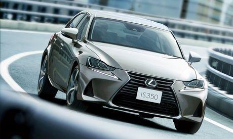 Lexus IS facelift nang cap tai Nhat - Anh 1