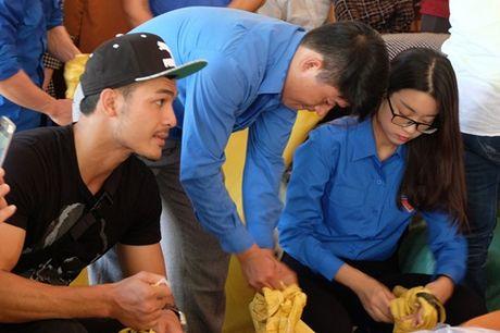 Hoa hau My Linh duoc ba con vung lu yeu men - Anh 4