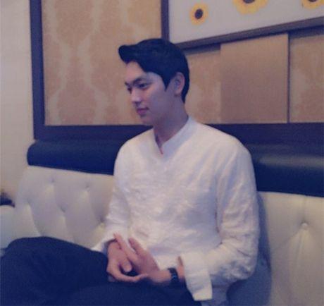 """""""Soai ca"""" bong chuyen """"don tim"""" hang trieu fan nu - Anh 6"""