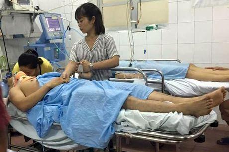 Vu tau hoa dam o to: Nan nhan thu sau tu vong - Anh 1