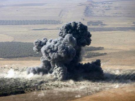 Nguoi Kurd tai chiem thi tran Bashiqa tren duong tien danh Mosul - Anh 1