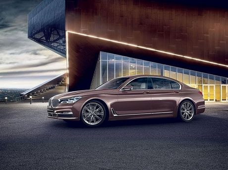 BMW 7 series Rose Quartz: Sang trong va dang cap - Anh 1