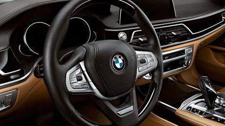 BMW 7 series Rose Quartz: Sang trong va dang cap - Anh 2