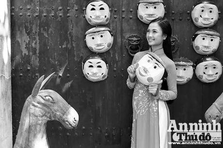Nu sinh dep mo mang voi ao dai trong khong gian truyen thong - Anh 7