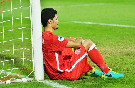 Cau thu U.19 Bahrain khoc nuc no, HLV xin loi vi de thua U.19 Viet Nam - Anh 3