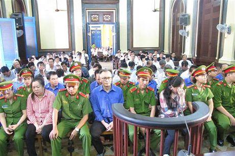 Vien kiem sat de nghi 3 an tu chung than tai vu an Cong ty CP Thuc pham Cong nghe Sai Gon - Anh 1