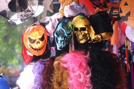 Den bi ngo chiem linh thi truong Halloween - Anh 5