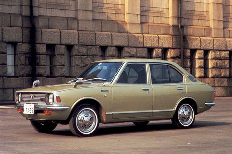 Nhin ngam Toyota Corolla truong thanh qua 11 the he - Anh 4