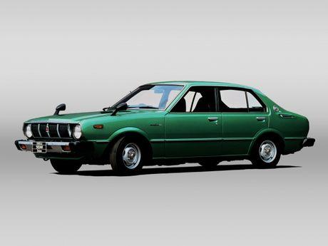 Nhin ngam Toyota Corolla truong thanh qua 11 the he - Anh 7