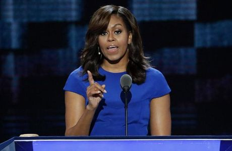 De nhat phu nhan Michelle Obama - 'tai san' chinh tri lon nhat cua ba Clinton? - Anh 1