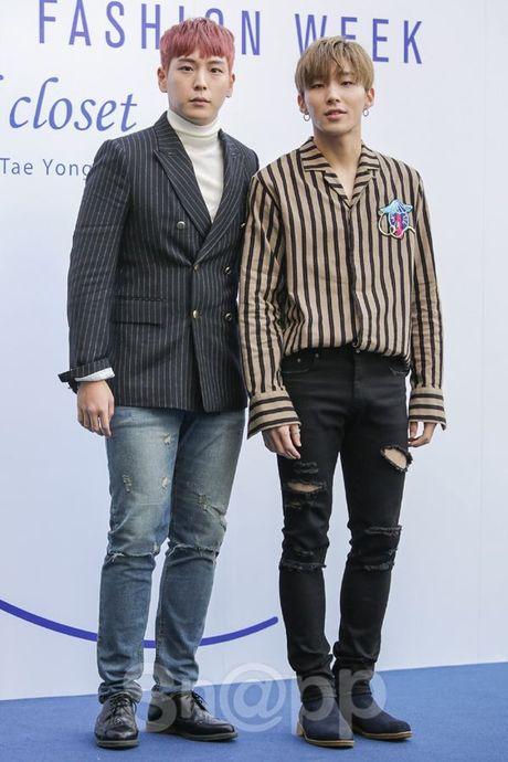 Chang can 'dap' hang hieu tram trieu, cac oppa Han van cuc chat tai Seoul Fashion Week - Anh 10