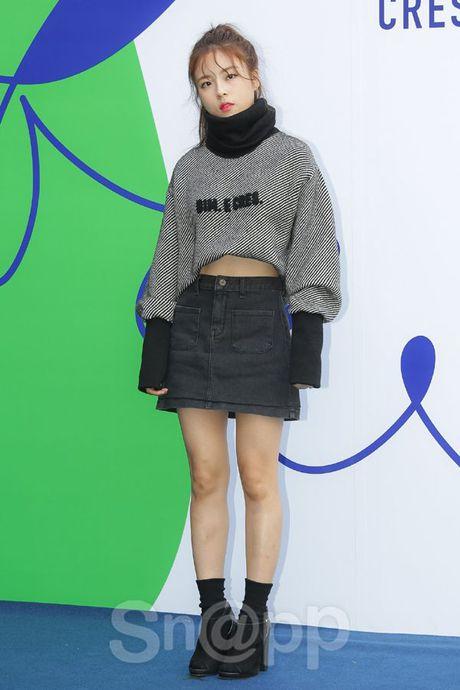 Chang can 'dap' hang hieu tram trieu, cac oppa Han van cuc chat tai Seoul Fashion Week - Anh 12