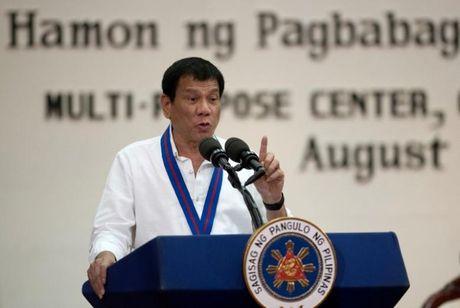 Nganh cong nghiep Philippines dang lo so vi Tong thong Duterte - Anh 1