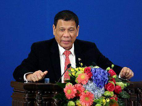 Ong Duterte noi sai tram trong tai Trung Quoc - Anh 1
