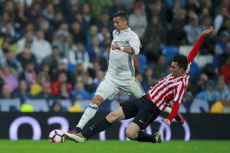 Ronaldo kem duyen, Real nhoc nhan len ngoi dau - Anh 4