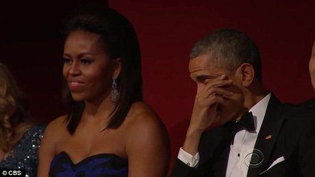 Nhung khoanh khac xuc dong cua Obama suot 8 nam qua - Anh 2