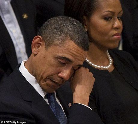 Nhung khoanh khac xuc dong cua Obama suot 8 nam qua - Anh 9