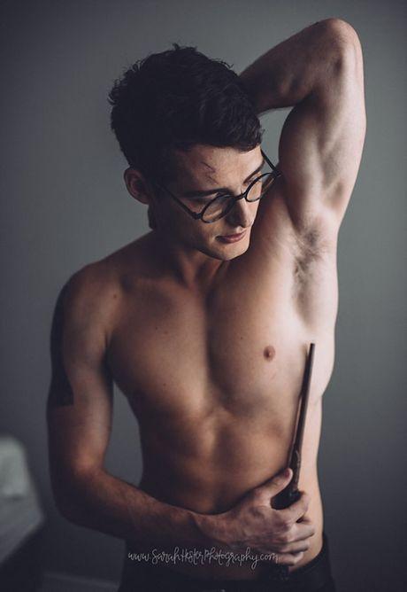 Chang trai duoc menh danh Harry Potter phien ban doi thuc - Anh 5