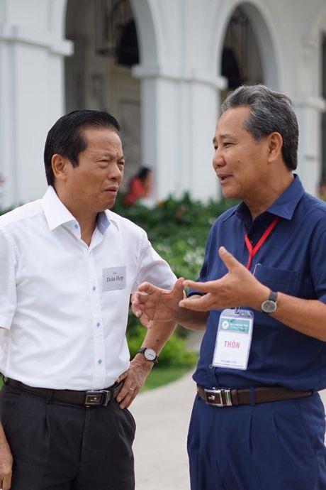 Nguyen Bo truong va sep tap doan tranh luan thuat 'troi' nguoi tai - Anh 3