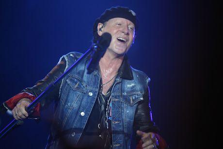 Scorpions thoi tung Gio mua - Anh 5