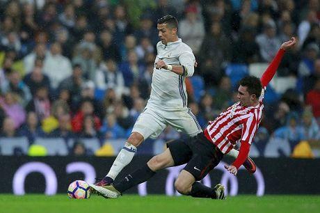 Ronaldo choi qua ca nhan, phan ung la truoc ban thang cua Morata - Anh 1