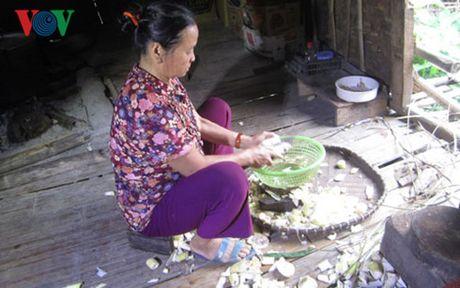 Kiem tra, xu ly vu truc loi chinh sach o xa Tan Phong - Anh 1