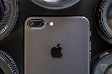 Apple chinh thuc dua che do chup anh xoa phong toi iPhone 7 Plus - Anh 1