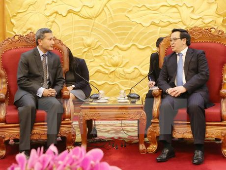 Truong Ban Doi ngoai TW tiep Bo truong Ngoai giao Singapore - Anh 1