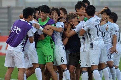 Clip U19 Nhat Ban 'vui dap' U19 Tajikistan - Anh 1