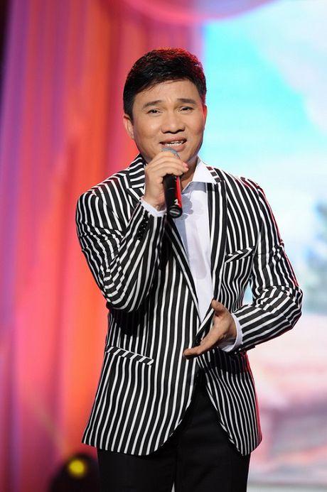 Quang Linh: '51 tuoi, toi da co ai de cuoi dau' - Anh 1
