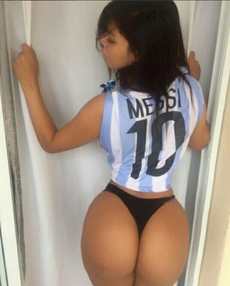 Nguoi dep cuong Messi lai gay sot voi World Cup 2018 - Anh 9