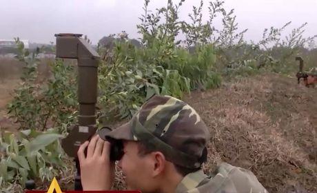 Uy luc ghe gom 'phao lui' B72 cua bo doi Viet Nam - Anh 8