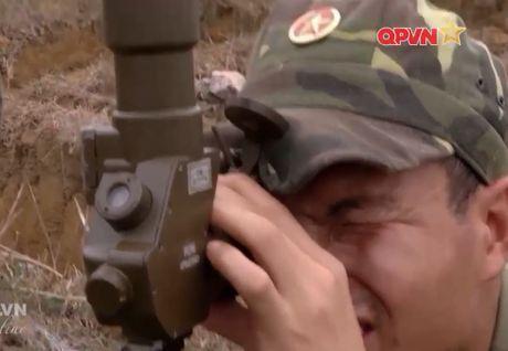 Uy luc ghe gom 'phao lui' B72 cua bo doi Viet Nam - Anh 9