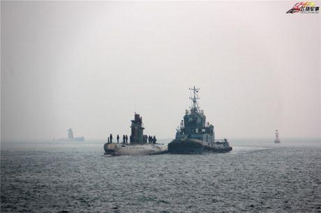 Tau ngam Type 035G Trung Quoc ban cho Bangladesh gap su co? - Anh 1