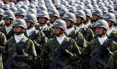 Anh Luc luong Phong ve Nhat Ban duyet binh cung My - Anh 4