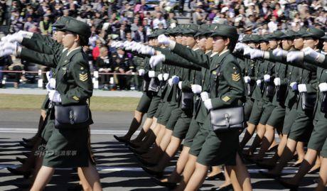 Anh Luc luong Phong ve Nhat Ban duyet binh cung My - Anh 5
