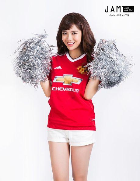 Hot girl Tu Linh buc xuc khi bi do toi khien MU thua - Anh 7